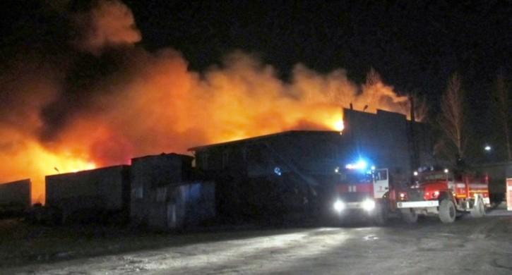 Цех сгорючим зажегся  вкомпании  вЧелябинске