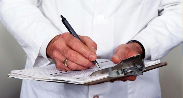 страховые представители в поликлиниках