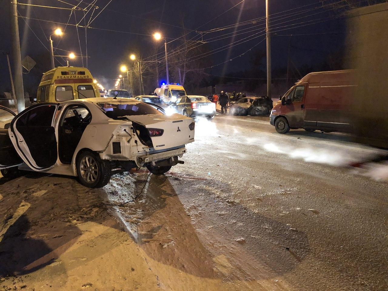 Анатолий Артамонов, копейское шоссе 2а челябинск авария рабочая, спецобувь