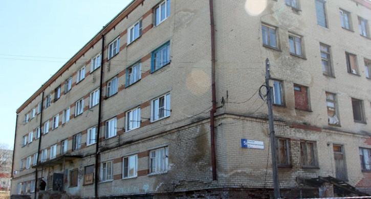 Дом в Миассе, где обрушилась часть стены, признали годным к эксплуатации