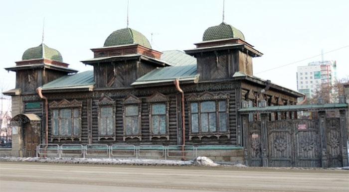 Варламов собирает деньги на восстановление старинной усадьбы в Челябинске