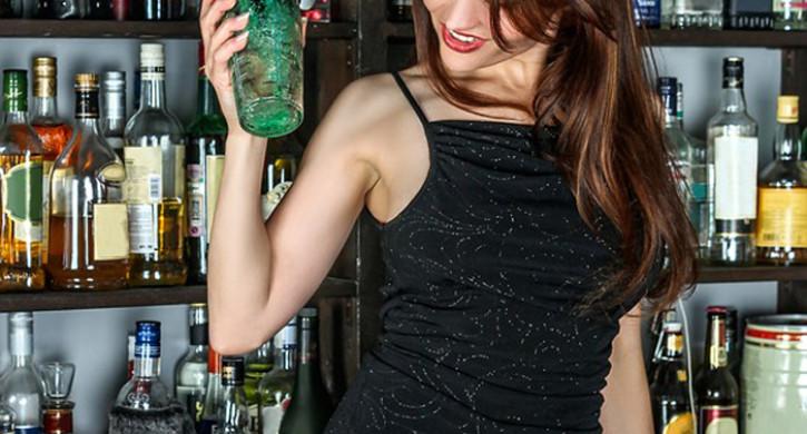 Почти 70% точек продажи алкоголя на розлив в Челябинске торговали с нарушениями