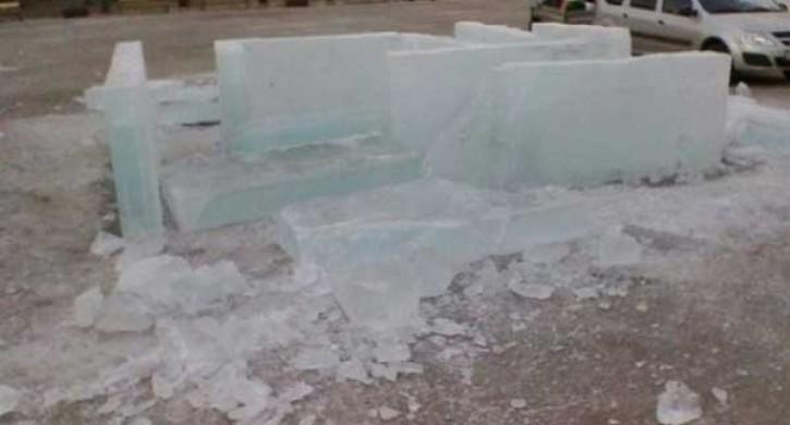 ВЧелябинской области экстренно эвакуировали гостей ледового городка