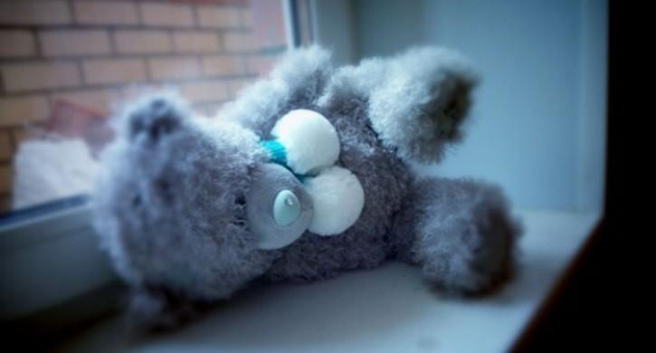 ВЧелябинске умер ребенок, выпавший изокна