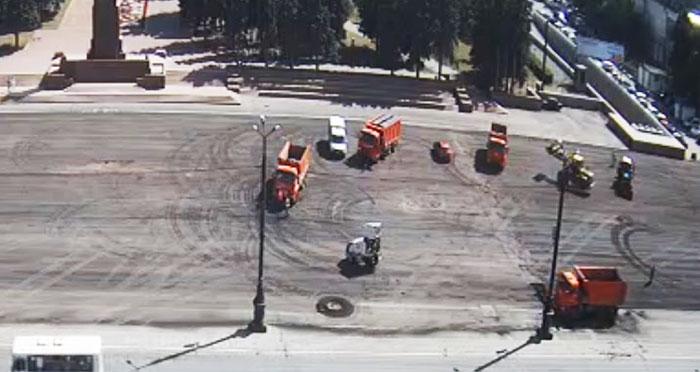 Стартовал ремонт площади Революции в Челябинске