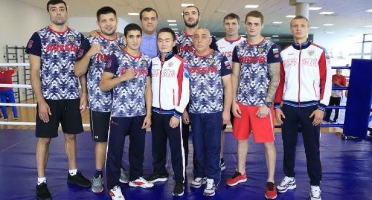 Лучшие боксеры мира прилетели в Златоуст, чтобы готовиться к чемпионату мира
