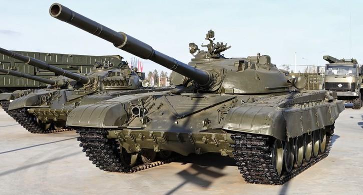 На полигон под Челябинском переброшены около 300 экипажей Т-72