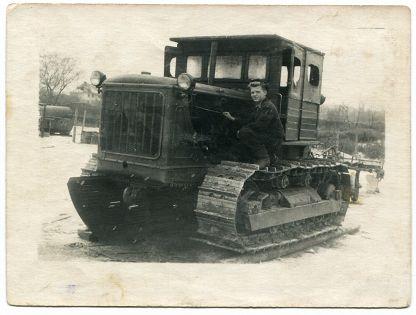 В Арктике нашли трактор, выпущенный в Челябинске полвека назад