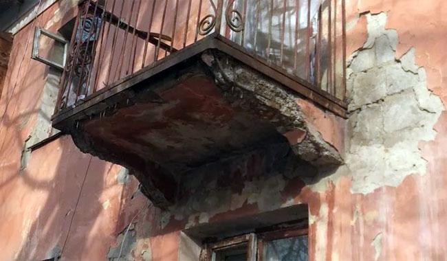 Прокуратура через суд добивается расселения аварийного дома в Челябинске