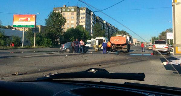 Смертельное ДТП спровоцировало пробку напроспекте Победы вЧелябинске