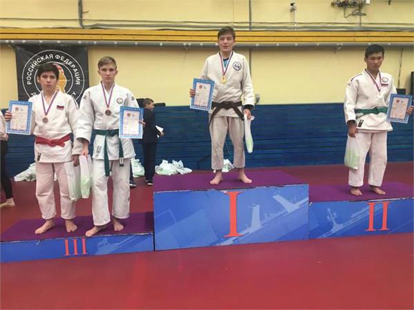 Новгородец одержал победу международный турнир поджиу-джитсу
