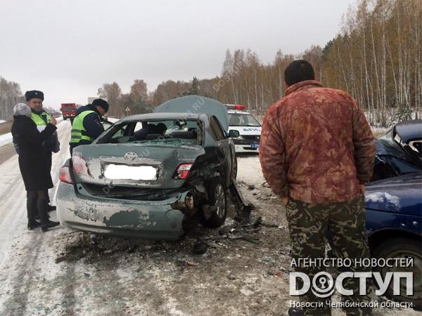 Тойота протаранила два ВАЗа вКрасноармейском районе: двое погибли