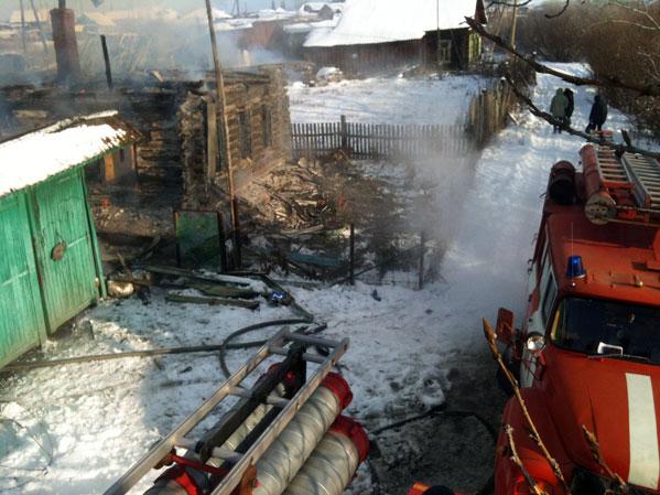 Вдеревне под Чебаркулем напожаре умер ребенок