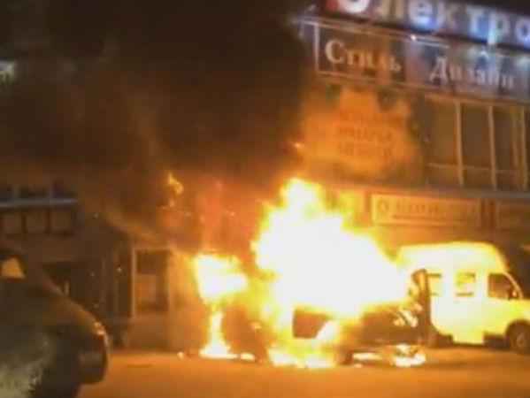 Южноуральцы вытянули изгорящей «Газели» заснувшего водителя