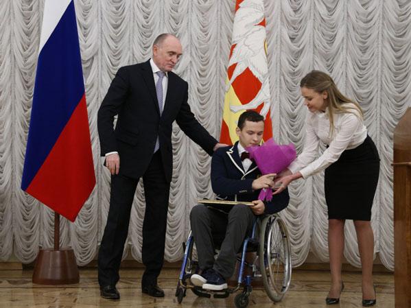 Дубровский разъяснил южноуральским паралимпийцам, что потеряли те, кто хотел наказать Российскую Федерацию