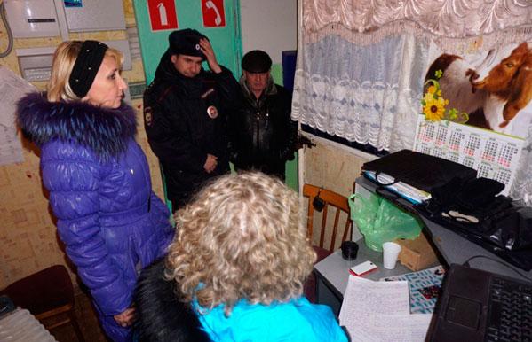 ВЧелябинске прокуроры приехали кголодающим жителям общежитий