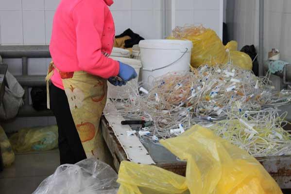 Свалку шприцев ипроб крови сгепатитом иВИЧ обнаружили под Копейском
