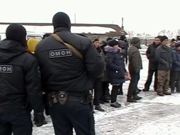 Нарынке Магнитогорска провели облаву на незаконных мигрантов