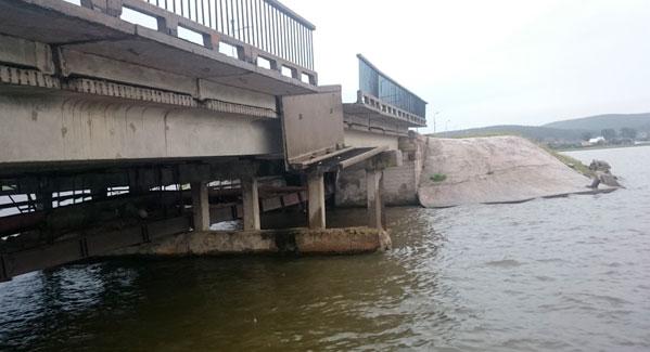 ВЧелябинской области рухнул мост, есть пострадавшие