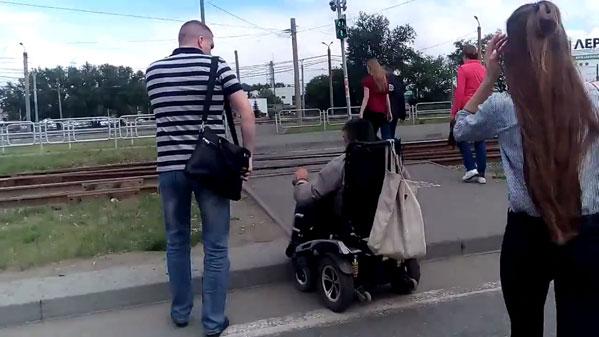 Пешеходные переходы уТРК «Алмаз» вЧелябинске приспособят для людей сограниченными возможностями