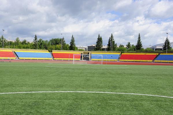 ВМагнитогорске после реконструкции открыли центральный легкоатлетический стадион
