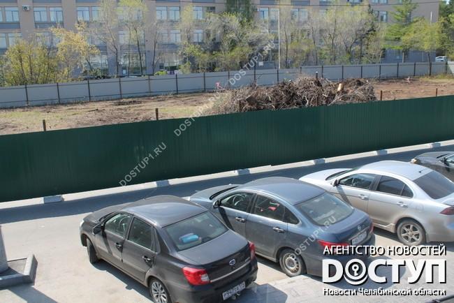 Генпрокуратура через суд требует снести спорный забор у монумента Курчатову
