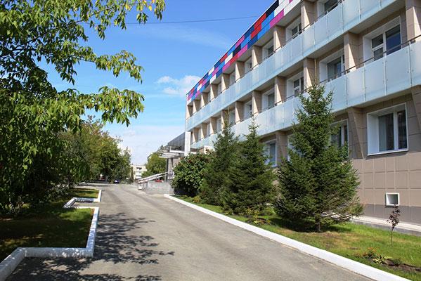 РМК открыла вКарабаше спортивно-оздоровительный комплекс