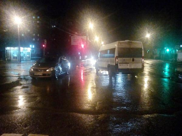 Митсубиши сбил двоих человек на«зебре» насеверо-западе Челябинска