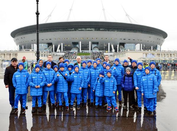 Молодые футболисты изЧелябинской области встретились сигроками «Зенита»