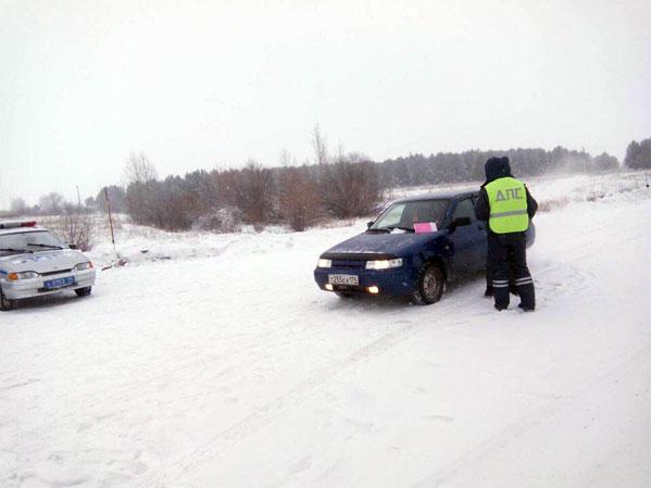 Под Челябинском сломался автобус сдетьми, которые собрались наКремлевскую елку